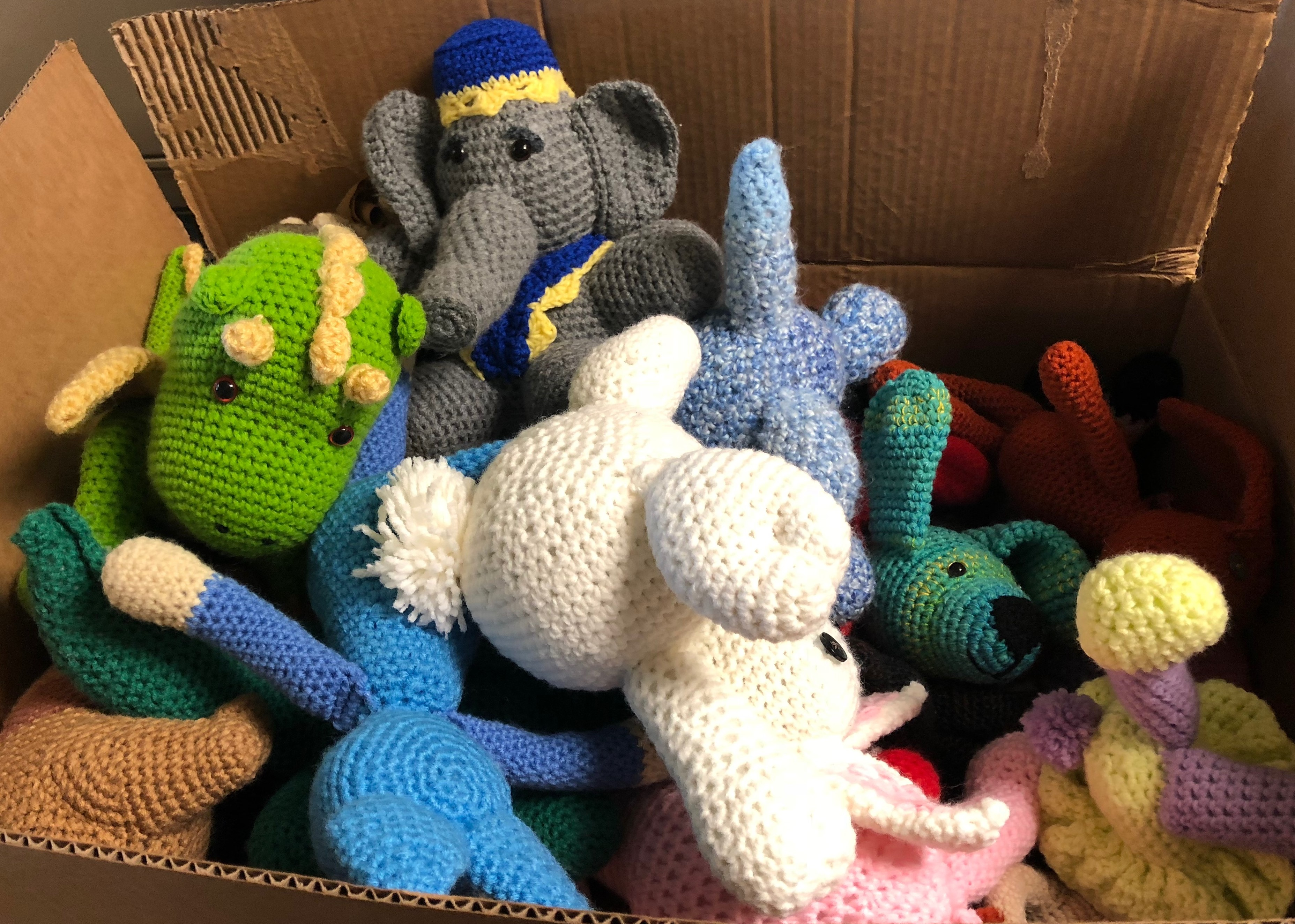 Kids N Loop Organization and Offenders Make Stuff Animals at GCI